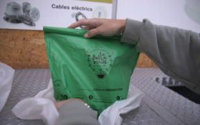1421_sistema_reciclaje_capsulas_nestle_bolsa_verde